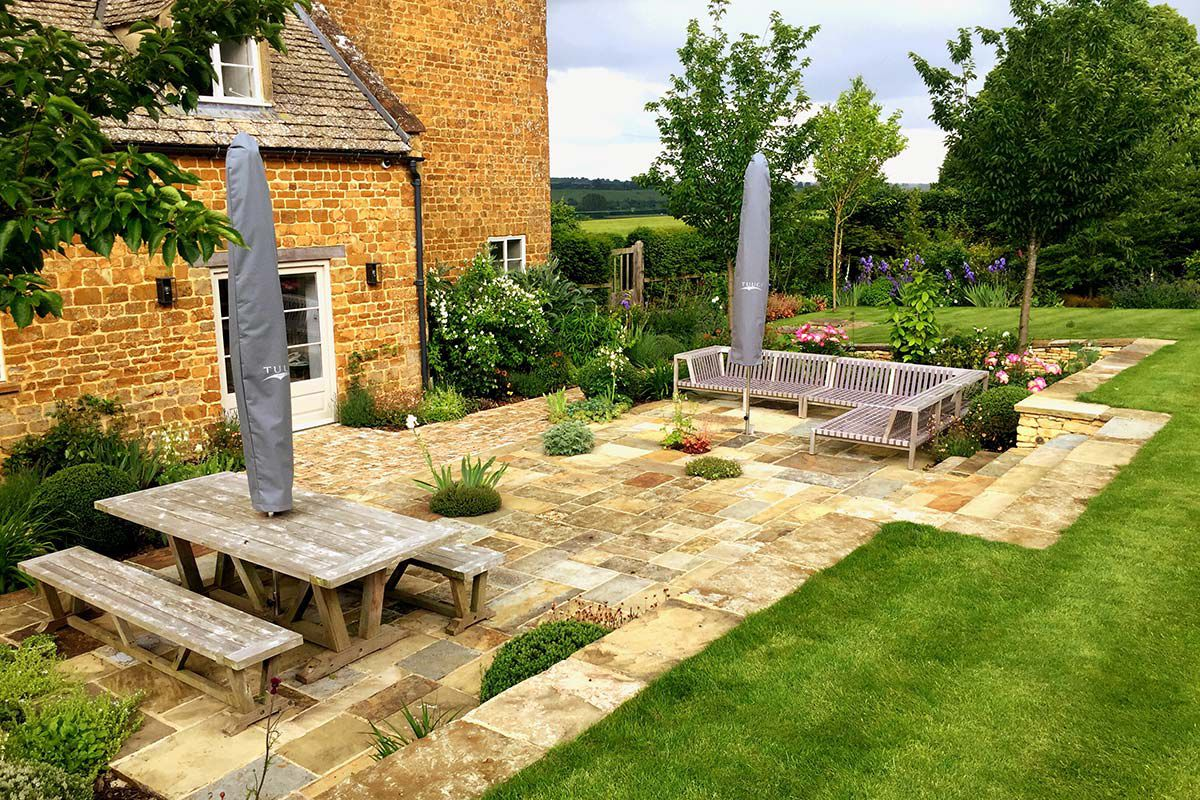 An Oxfordshire country garden built by Morgan Oates